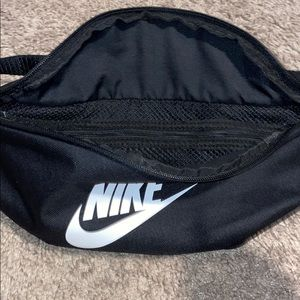Nike Other - Nike Fanny pack